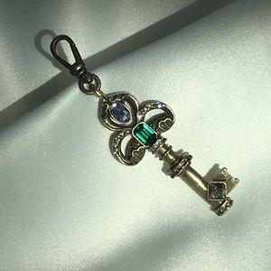 Chloe + Isabel Trésors Decorative Key Charm